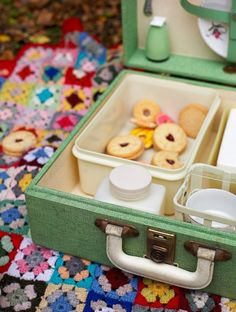 Cosy Winter picnic (photo by Hilary Walker)