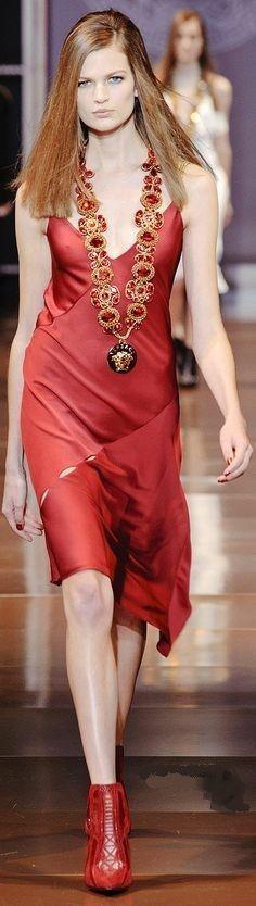 Fall 2014 RTW Versac maxi dresses,maxi dress