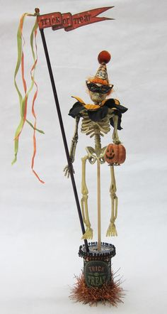 Why should kids have all the trick or treat fun on Halloween? Jack Boney wants to join in the celebration. I dressed him in a festive collar. Halloween Ornaments, Halloween Trees, Halloween Jack, Halloween Images, Halloween Skeletons, Halloween Projects, Halloween Cards, Holidays Halloween, Halloween 2019
