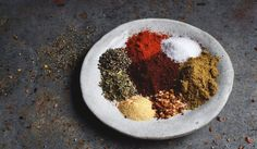 This Homemade Taco Seasoning recipe can be used in place of store-bought packets of seasoning. It has no fillers and can be part of a low-carb, ketogenic, diabetic, gluten-free, or Banting diets. Low Carb Taco Seasoning, Seasoning Recipe, Homemade Taco Seasoning, Seasoning Mixes, Hamburger Seasoning, Healthy Food Blogs, Healthy Dessert Recipes, Mexican Food Recipes, Real Food Recipes