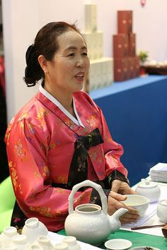 Korean tea ceremony #tea #teaceremony #korean #share #explore #discover #connect #unite #together #travel