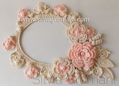 Colar de Crochê - Colar Miss Flor com Flores Intercaladas