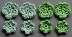 Häkelblumen, 2 Farben | Baumwolle, pastellgrün, apfelgrün, 8 Stück