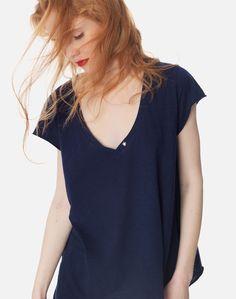 Βασικό T-shirt V Neck, Tops, Women, Fashion, Moda, Women's, La Mode, Shell Tops, Fasion