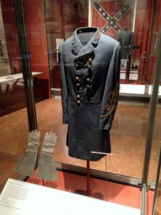 Uniform Coat Robert E. Lee wore when he met with Grant at Appomattox on April 9th. 1865