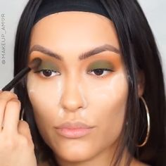 Feb 2020 - eye make up tutorial easy steps to a beautiful you Brown Eye Makeup Tutorial, Wedding Makeup Tutorial, Makeup Looks Tutorial, Makeup For Brown Eyes, Lip Tutorial, Flawless Face Makeup, Contour Makeup, Makeup Drawing, Make Up Tutorials