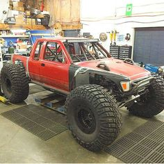 . Toyota 4x4, Toyota Trucks, Toyota Hilux, 4x4 Trucks, Cool Trucks, Chevy Trucks, My Dream Car, Dream Cars, Rc Drift Cars