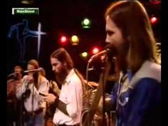 """Ozark Mountain Daredevils - Chicken Train (Live """"Chicken Train runnin all day Chicken Train runnin all day Chicken Train runnin all day Can't get on Ca. 70s Music, Music Mood, Dance Music, Rock Music, Country Rock Bands, Country Songs, Outlaw Country, Sounds Good To Me, Rock And Roll Bands"""