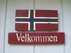 Hanging Hand Painted Norwegian Velkommen Slate Welcome Sign ...