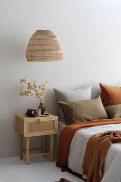 Serene Bedroom, Warm Bedroom, Room Ideas Bedroom, Home Decor Bedroom, Luxury Bedding Sets, My New Room, Apartment Living, Living Room, Cozy House