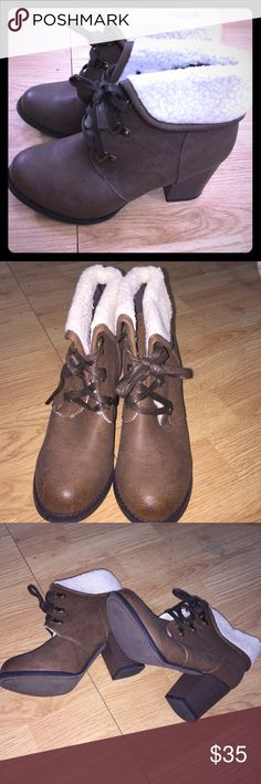 ✨✨ EUC booties✨✨ EUC. Practically NEW. Heel is about 3 inches. Shoes Ankle Boots & Booties