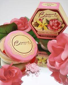 Vanilla Rose Iluminador en polvo - Besame Cosméticos