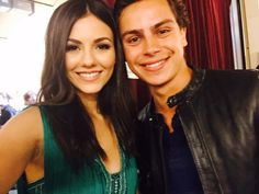 Victoria Justice, ... ... ... ... ... ... ...  ‏@VictoriaJustice  · 3hrs ago  ... ...  Was great presenting with you tonight @JakeTAustin ! You're awesome :)