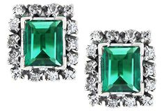 Emeralds and diamonds, now that's our type of green and white color combo!