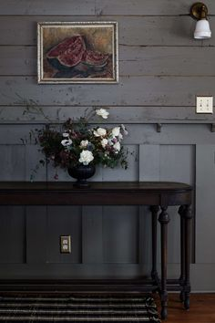 An Arts and Crafts Icon Reborn in the Catskills by Jersey Ice Cream Co. - Remodelista Arts And Crafts For Adults, Arts And Crafts House, Easy Arts And Crafts, Arts And Crafts Projects, Arts And Crafts Furniture, Arts And Crafts Interiors, Grey Interiors, Vintage Interiors, Rustic Interiors