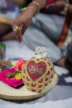 Marriage Decoration, Wedding Stage Decorations, Garland Wedding, Wedding Bells, Christmas Decorations, Wedding Plates, Wedding Art, Wedding Gifts, Wedding Stuff