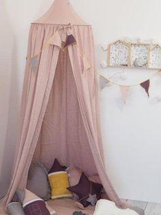 Baldachim dla dziewczynki, namiot z girlandą Dark Pink