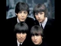 A great Beatles poster of the four Mop Top-ped lads from Liverpool - John Lennon, Paul McCartney, George Harrison, and Ringo Starr! Check out the rest of our selection of Beatles posters! Need Poster Mounts. Ringo Starr, George Harrison, Paul Mccartney, John Lennon, Steve Jones, Stuart Sutcliffe, Historia Do Rock, British Invasion, The Fab Four