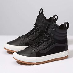 Find hi shoes at Vans. Shop for hi shoes, popular shoe styles, clothing, accessories, and much more! Tenis Vans, Vans Sneakers, Vans Boots, Me Too Shoes, Men's Shoes, Urban Look, Fashion Boots, Mens Fashion, Best Shoes For Men