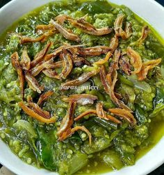 Resep masakan praktis sehari-hari Instagram Sauce Recipes, Cooking Recipes, Cooking Time, Sambal Recipe, Healthy Living Recipes, Healthy Food, Asian Recipes, Ethnic Recipes, Western Food
