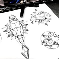 A couple more dotwork rat skulls from my doodle sesh yesterday…