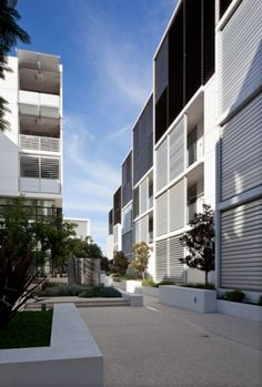 Leighton Apartments, Perth, Australia by Kerry Hill Architects Kerry Hill Architects, Front Courtyard, Residential Complex, Perth Australia, High Rise Building, Town House, Terraces, Lofts, Estate Homes