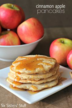 Cinnamon Apple Pancakes from SixSistersStuff.com - these are the perfect pancakes for a chilly fall morning!