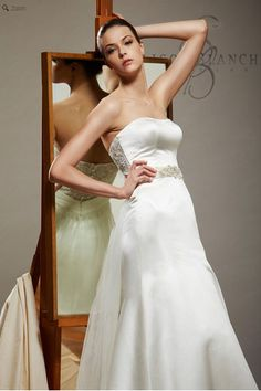 Saison Blanche Wedding Gown - Boutique Collection - Style #B3161