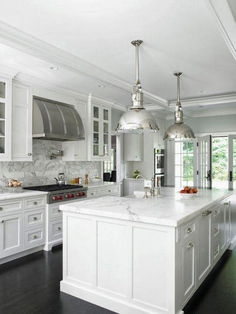 Gorgeous White Kitchen Design Ideas!