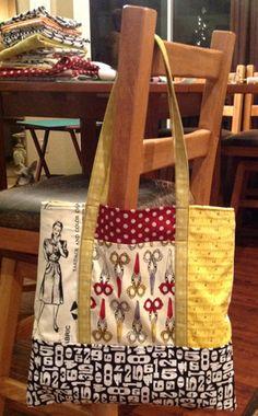 tote~I can already envision the fabrics I would use