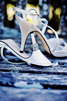 This would be cute on my hot pink shoes :)
