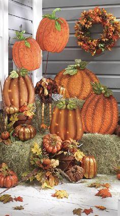 Fall porch decor  : )