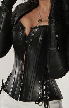 Plus size Black Italian Napa Leather corset steel boned BBW bdsm Leather Corset, Leather And Lace, Napa Leather, Black Leather, Crazy Outfits, Sexy Outfits, Sexy Korsett, Mode Steampunk, Gothic Fashion