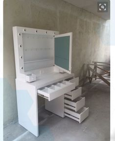 Makeup Room Diy Vanity Ideas For 2019 Makeup Storage Desk, Diy Storage, Makeup Organization, Storage Ideas, Storage Room, Bathroom Organization, Bathroom Storage, Makeup Desk, Makeup Drawer