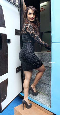 Super hot mom Malaika Arora Khan's Son Arhaan Khan On The Sets Of India Got Talent 2014. #MalaikaAroraKhan #ArhaanKhan