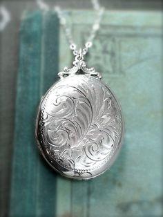 Sterling Silver Locket Necklace Large Oval Vintage Pendant Hand Engraved  Everlasting Love