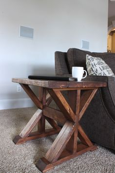 Lybrook DIY Side Table Plans- Free DIY Plans   rogueengineer.com #LybrookDIYSideTable #BedroomDIYplans