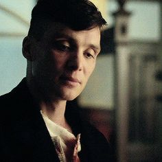 Red Right Hand (Thomas Shelby) - Good Intentions Peaky Blinders Tv Series, Cillian Murphy Peaky Blinders, Boardwalk Empire, Cillian Murphy Tommy Shelby, Shelby Brothers, Men Aint Shit, Red Right Hand, Birmingham, Some Funny Jokes