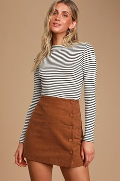 Keep it classic in the Lulus Katherina Rust Brown Button Front Corduroy Skirt! High-waisted corduroy skirt with A-line silhouette and button front design. Cute Skirts, A Line Skirts, Mini Skirts, Plus Size Bohemian Clothing, Skirt Fashion, Fashion Outfits, Fashion Deals, Fashion Brands, Fall Outfits