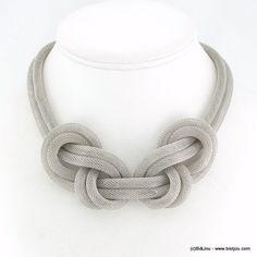 plastron noeud tube résille métal 0115700