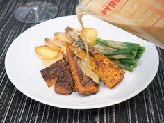 Vegan gravy - super easy and perfect for roast dinner