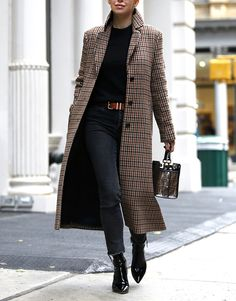 My favorite plaid coat (Brooklyn Blonde) accessories influence. - My favorite plaid coat (Brooklyn Blonde) accessories influencer magazine - Brooklyn Blonde, Mode Outfits, Stylish Outfits, Fashion Outfits, Womens Fashion, Fashion Ideas, Fashion Fashion, Fashion Coat, Fashion Trends