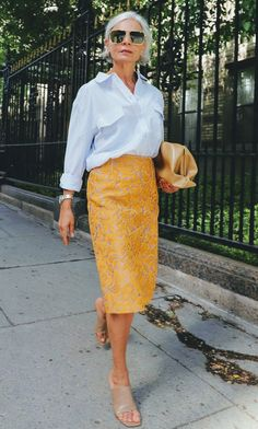 Mature Fashion, Fashion Over 50, Work Fashion, Fashion Looks, Mode Outfits, Stylish Outfits, Fall Outfits, Mode Inspiration, Casual Chic