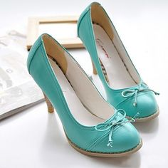 This are just toooo adorable. If I was short enough to actually wear heels, I would wear these ALL the time!