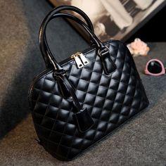 Rhombus Pattern Handbag Portable Bag Shoulder Bag only  29.99 in  ByGoods.com! Черные Сумки 65114338344