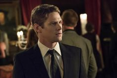 "The Vampire Diaries' Zach Roerig Teases Matt's ""Emotionally Charged"" Reunion with Vicki"