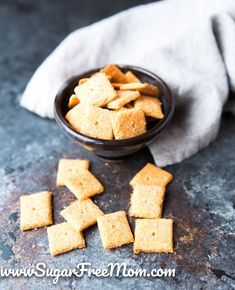 https://www.sugarfreemom.com/recipes/coconut-flour-keto-cheese-crackers-gluten-free-low-carb/