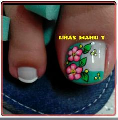 Cute flower nail art for big toe Summer Toe Designs, Fall Nail Designs, Toe Nail Designs, Feet Nails, My Nails, Cute Pedicure Designs, Feet Nail Design, Cute Pedicures, Flower Nail Art