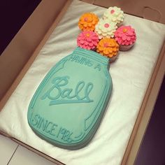 Mason jar birthday cake!! SOOO CUTE NEED NOW