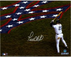 Paul O'Neill Signed 01 WS On Deck w/ Red White & Blue Yankee Logo Horizontal 8x10 Photo (Signed In Silver)